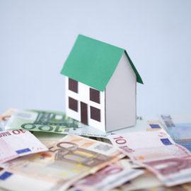 Pignoramento casa: se il creditore è  una banca o  un privato